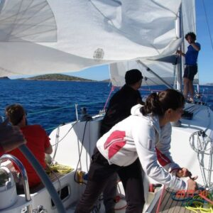 Advanced Sailing - Sailing Skills and Navigation
