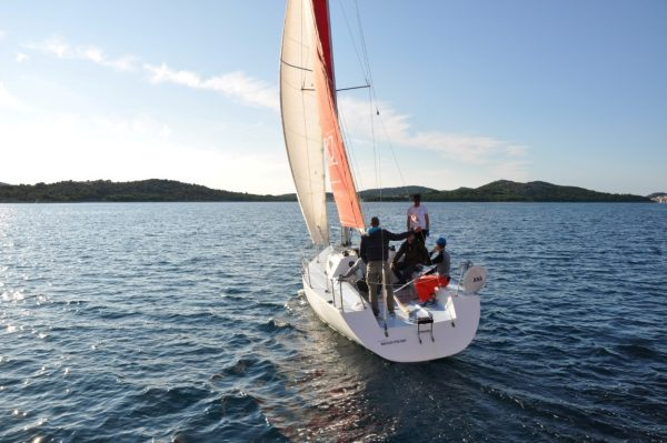 Short course – advanced sailing